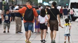 China prepara una nueva ley que sancione a los padres por el mal comportamiento de sus hijos