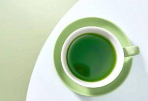 Beneficios de tomar té verde por las mañanas