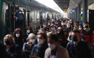 Italia exigirá certificado Covid para escuelas, restaurantes y transporte