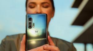 Este es el Motorola Edge y Motorola Edge+, los celulares más poderosos y ambiciosos en la historia de la compañía