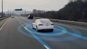 Tesla: el autopiloto ahora puede detectar señales y luces de transito