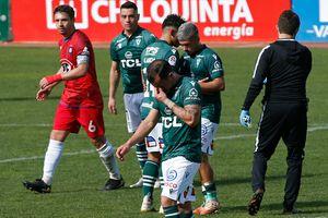 Wanderers se desangra: goleado en casa por Huachipato, rival directo por la permanencia