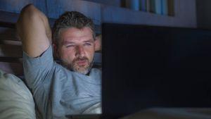 Salud: ver porno en exceso puede llevar a presentar disfunción eréctil