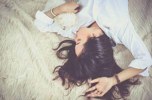 ¿Insomnio? Las cinco vitaminas que te ayudan a conciliar el sueño