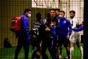 Se dieron y no consejos: La dura pelea en camarines entre Fernando de Paul y Gonzalo Espinoza en la U