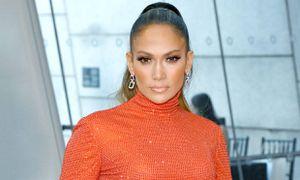 Jennifer Lopez con leggings confirman podemos lucir hermosas sin renunciar a la comodidad