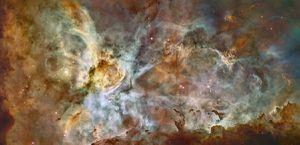 Telescopio Hubble capta una nebulosa donde están naciendo estrellas