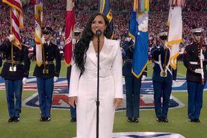 Demi Lovato brilla entonando el himno en el Super Bowl y cumple uno de sus más grandes sueños