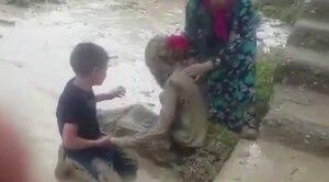 ¡Increíble! Rescatan a mujer con vida tras ser arrastrada por inundaciones en Turquía