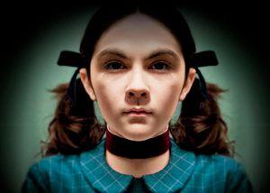 Así luce Isabelle Fuhrman, la niña protagonista en La Huérfana, a sus 24 años
