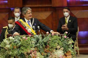 "Guillermo Lasso: ""hoy inicia plan de 100 días de vacunación a 9 millones de ecuatorianos"""