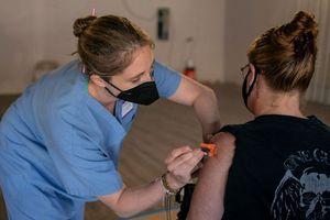 EE UU: El 99.5% de las muertes por coronavirus en la actualidad son de personas no vacunadas