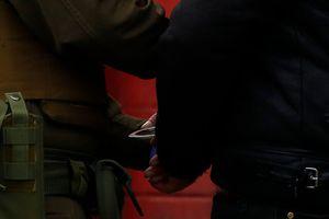 Hombre intentó sobornar a carabinero con $95 mil para no ser detenido en pleno toque de queda