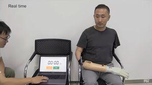 MIT fabrica una prótesis de mano de bajo costo capaz de hacer que sus usuarios vuelvan a sentir