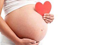 Tomar gaseosas durante el embarazo pone en peligro al bebé