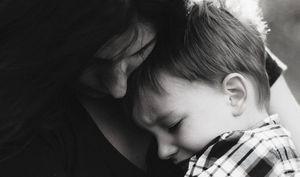Es momento de dejar de cuestionar la vida de las madres solteras