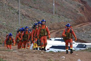 Maratón del terror en China: mueren 21 corredores por golpe de frío con viento y granizos