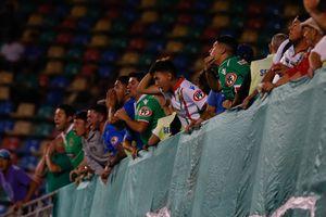 Un auxiliar sanitario cada 55 personas en el regreso del público a los estadios