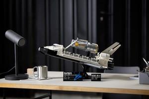 """LEGO y la NASA se unen para """"lanzar"""" el transbordador espacial Discovery"""