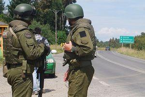 Carabinero acusó ataque armado en su casa en Tirúa: también le quemaron su vehículo