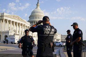 Encuentran sin vida a un tercer policía involucrado en defensa del Capitolio