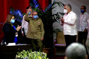 Eliminar embargo a Cuba, única medida para relación con EU: Raúl Castro