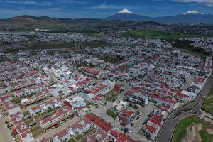 Acuerdan construcción de 10 mil viviendas en la capital