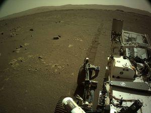Escucha cómo cruje el Perseverance sobre la superficie de Marte