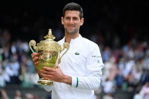 Novak Djokovic gana su sexto título en Wimbledon e iguala récord de Federer y Nadal