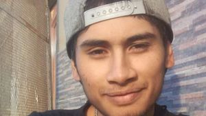 Misterio total: mochilero lleva 8 meses desaparecido pero sigue publicando en Facebook