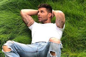 Ricky Martin presume sus músculos con una foto que derritió a sus fanáticos de Instagram