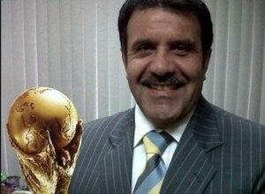 Periodista Roberto Omar Machado denuncia que han tomado su cuenta para emitir falso comunicado a favor de Arauz