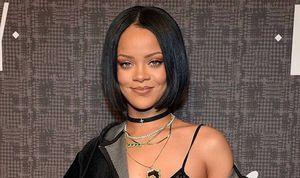 Rihanna trae de regreso las sandalias tipo gladiador e impone moda este verano