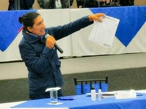 Yaku Pérez dejaría Pachakutik si se concretan acuerdos con UNES o con CREO