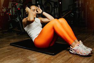 Con estos ejercicios lograrás reafirmar tu abdomen y quemar grasa de la espalda