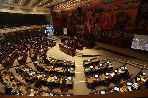 Existiría un acuerdo entre UNES y PSC-CREO a un día de posesionarse la Asamblea Nacional
