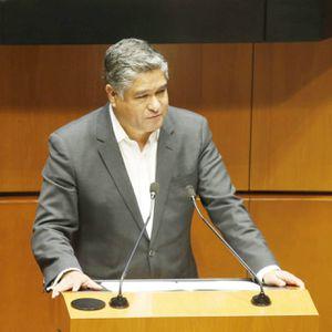 Víctor Fuentes Solís renuncia a la filas del Partido Acción Nacional