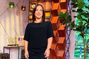 Adamari Lopez nos enseña cómo lucir elegantes conshort a la cintura