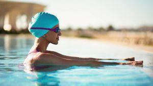 Ejercicios que puedes hacer dentro de una piscina, y no son natación