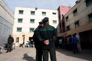 Intento de motín en Puente Alto por coronavirus: incendio afectó a dos torres de penal