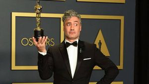 Jojo Rabbit: Director de la película habla mal de Apple después de los Oscars