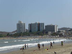 Ministro de Gobierno anuncia el cierre de todas las playas de Ecuador durante el feriado de Semana Santa