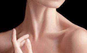 5 maneras de lograr un cuello esbelto y sin arrugas