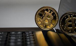 Bitcoin continúa su derrumbe: China aumenta sanciones