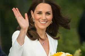 Kate Middleton deslumbra con un hermoso vestido veraniego