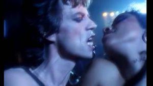 """Actriz reveló que tuvo relaciones sexuales con Mick Jagger cuando ella tenía 15 y él 33: """"No me hizo hacer nada que no quisiera"""""""