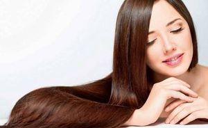 ¿Quieres tener el pelo liso y suave sin planchas? Prueba con la keratina capilar