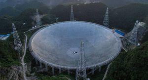 Extraterrestres: China construyó un gigantesco telescopio para hacer contacto con alienígenas