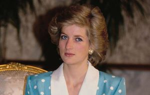 Así fue la ocasión que la reina Isabel defendió a la princesa Diana de Carlos