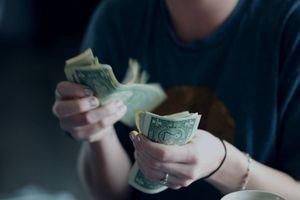 Consejos para no caer en la infidelidad financiera en pareja